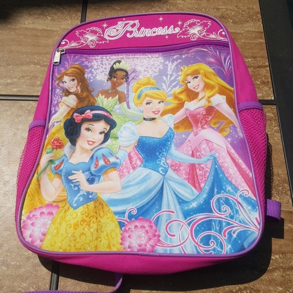 6c0eac4ae8c Disney Other - Disney princess back pack